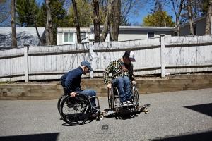 Erik und ich beim Wheelchairboarding - Foto: Anna Spindelndreier