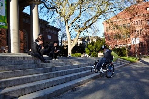 Streetskating auf dem Harvard Campus mit Steve, Sarah und Brendan - Foto: Anna Spindelndreier