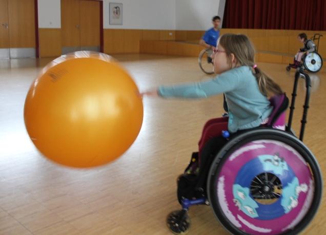 Beim Riesenball mit Risenspaß!