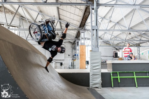 Der Heavy Beauty WCMX Wheelchair von SeanCo in Aktion - Foto: Steffie Wunderl